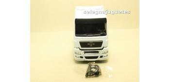 Cabeza Tractora Camión Man escala 1/50 - Artículo sin caja