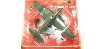 miniature airplane Ilyushin II-10 Ussr avión escala 1/72 Ixo