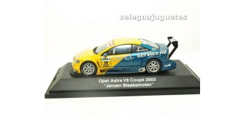 miniature car OPEL ASTRA V8 COUPE 2004 JEROEN BLEEKEMOLEN 1/43