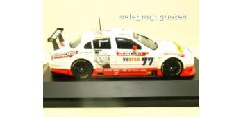 coche miniatura J.A.G. Racing V8STAR 2002 escala 1/43 Schucco