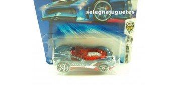 Cul8R 70-100 Tooned escala 1/64 Hot wheels coche miniatura