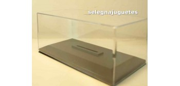 Vitrina urna Plástica con Peana para coche escala 1/43