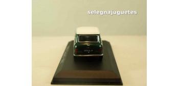 Mini Cooper S 1967 (Vitrina) escala 1/43 Ixo - Rba - Clásicos