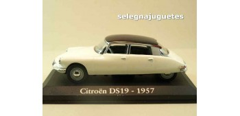 lead figure Citroen DS19 1957 (Vitrina) escala 1/43 Ixo - Rba -