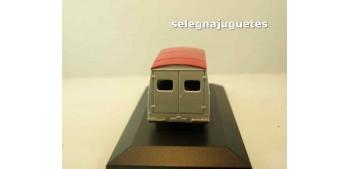 Morris Ld 150 Van Poulain (vitrina) corgi furgoneta