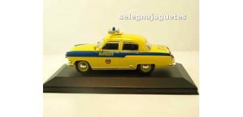 miniature car GAZ 21R Volga POLICIA TRAFICO DE RUSIA AÑOS 50