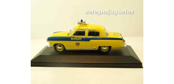 coche miniatura GAZ 21R Volga POLICIA TRAFICO DE RUSIA AÑOS 50