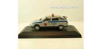 Lada 112 Policía Rusa (vitrina) escala 1/43 coche metal miniatura Coches a escala