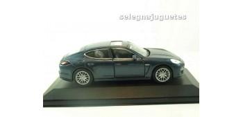 coche miniatura Porsche 911 turbo coupe 1995 (vitrina) escala