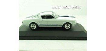 Shelby 350GT (vitrina) (defecto) escala 1/43  Coche metal miniatura