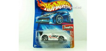 Toyota Mr2 (carton doblado) scale 1:64 Hot wheels