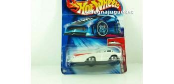 Crooze Bedtime escala 1/64 Hot wheels (cartón doblado)
