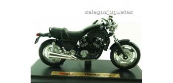 Yamaha Vmax escala 1/18 Maisto moto miniatura (sin caja)