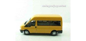Ford Transit Minibus Furgoneta escala 1/43 Cararama coche metal miniatura