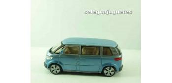 miniature car Volkswagen Microbus 2001 azul Furgoneta escala