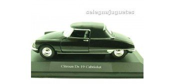 lead figure Citroen Ds 19 Cabriolet (showbox) escala 1/36 - 1/38