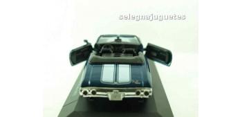 coche miniatura Chevrolet Chevelle SS 454 1971 (vitrina) escala