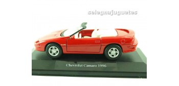 lead figure Chevrolet Camaro 1996 (showbox) escala 1/36 - 1/38