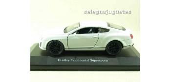 miniature car Bentley Continental Supersports blanco (shobox)