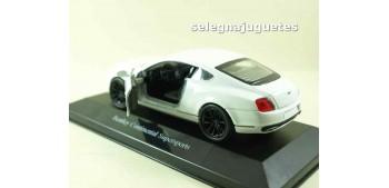 Bentley Continental Supersports blanco (vitrina) escala 1/34 a