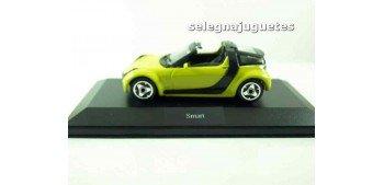 Smart (vitrina) 1/43 Burago Coche metal miniatura sin caja