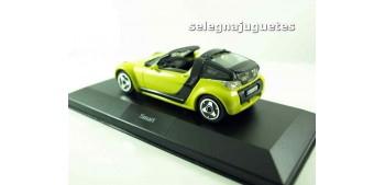 coche miniatura Smart (vitrina) 1/43 Burago Coche metal