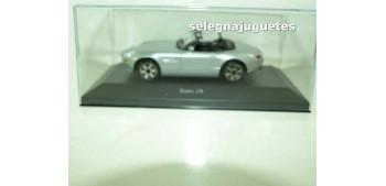 coche miniatura Bmw Z8 (vitrina) 1/43 Burago