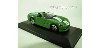 coche miniatura Shelby Series One (vitrina) 1/43 Burago