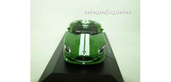 Shelby Series One (vitrina) 1/43 Burago