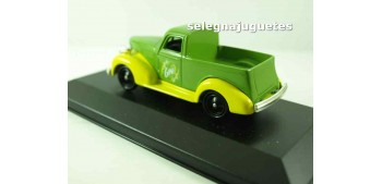Chevrolet Pick Up Gini Corgi (showbox) Van