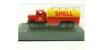 miniature car Scamell Shell (showbox) Corgi Van