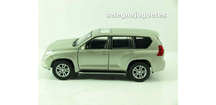 coche miniatura Toyota Land Cruiser Prado escala 1/39 welly
