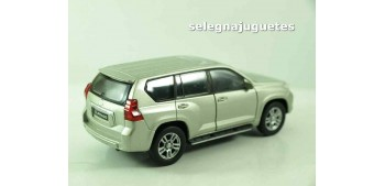 Toyota Land Cruiser Prado escala 1/39 welly