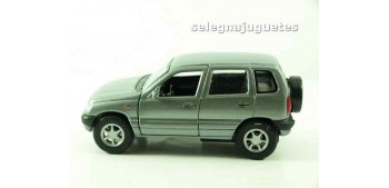 miniature car Chevrolet Niva scale 1/39 welly