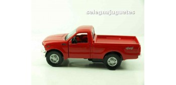 Ford F-350 Pickup scale 1/39 Maisto