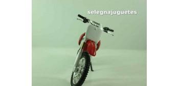 Honda CR250 escala 1/18 Welly moto
