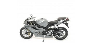 Lote 2 motos Triump (Daytona - Street Triple) escala 1/18