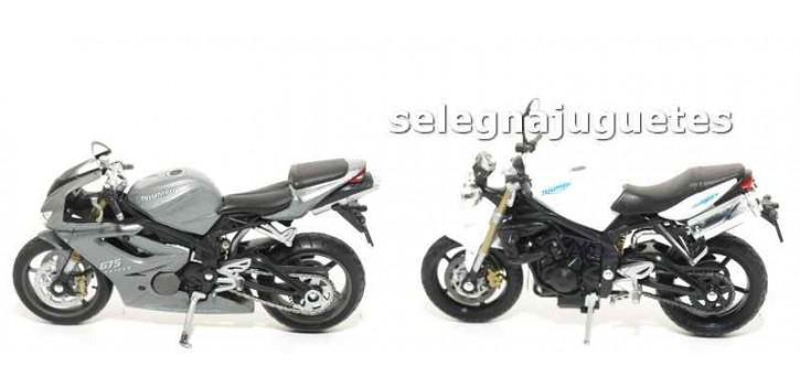 Lote 2 motos Triump (Daytona - Street Triple) scale 1:18