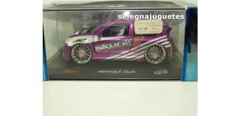 RENAULT CLIO (SKUNK2) - 1/32 SAICO