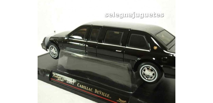 Cadillac Deville Presidential Limo 2001 escala 1/24 Limousina Yat Ming