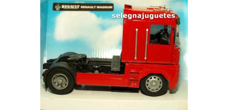 Renault Magnum cabeza tractora 1/32 New Ray