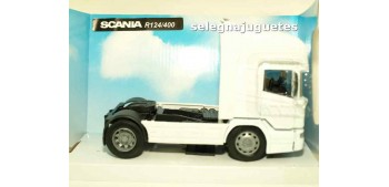 Scania R124/400 cabeza tractora 1/32 New Ray