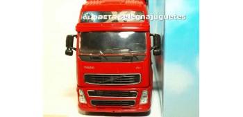 Volvo FH-16 cabeza tractora 1/32 New Ray