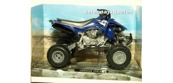 moto miniatura Yamaha YFZ 450 Quad 1/12 New ray