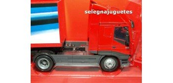 miniature truck Iveco Stralis 1:43 New Ray