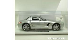 miniature car Mercedes Benz SLS AMG 2010 gris escala 1/24 New