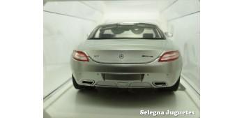 Mercedes Benz SLS AMG 2010 gris escala 1/24 New Ray coche