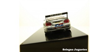 coche miniatura MERCEDES BENZ CLK DTM 2001 DUMBRECK Nº 2 - 1/43