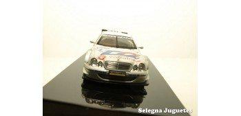 MERCEDES BENZ CLK DTM 2001 DUMBRECK Nº 2 - 1/43 - AUTO ART