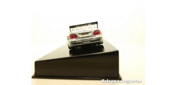 MERCEDES BENZ CLK DTM 2000 DUMBRECK Nº 19 - 1/43 AUTO ART